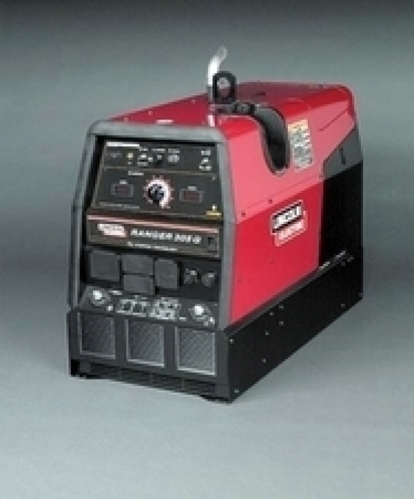 305G LINCOLN WELDER W/REMOTE